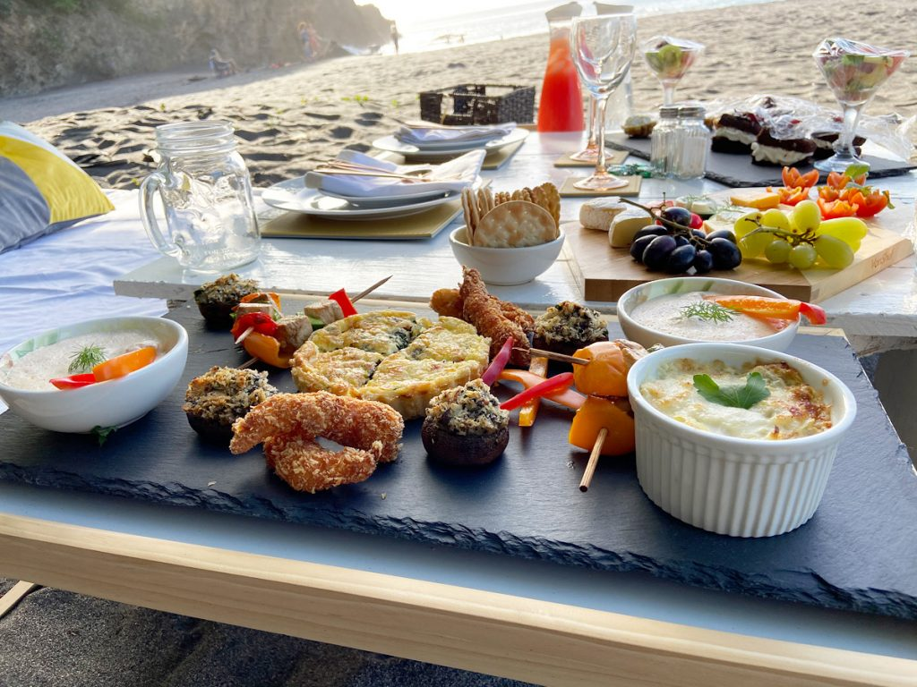Nia launched a picnic service which allows us to learn marketing, time management, service and more.